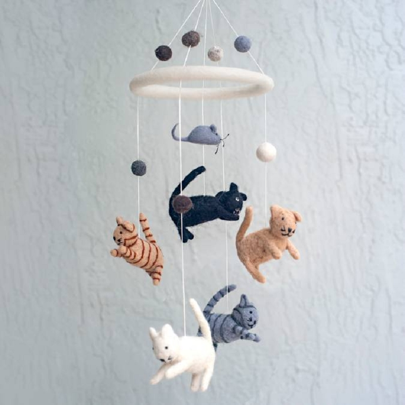Wool Mobile | Cat & Mouse